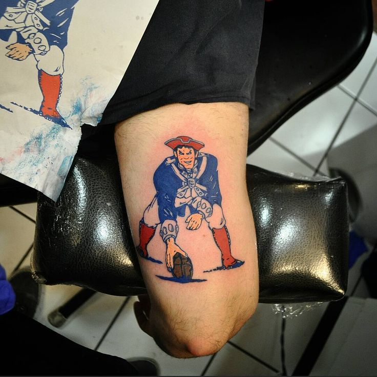 In honor of the #patriots preseason opener tonight here's a #tbt of a old school pat the Patriot I did a wile back!! #WeReady #TheChampsAreHere #freebrady!! #tattoo #tattoos #empiretattooboston #masstattoonetwork #boston #bostontattoo #guyswithtattoos #pittsburgh #steelcity #tattooconvention #GETSOME! #tattoo #bostontattoo www.empiretattooinc.com