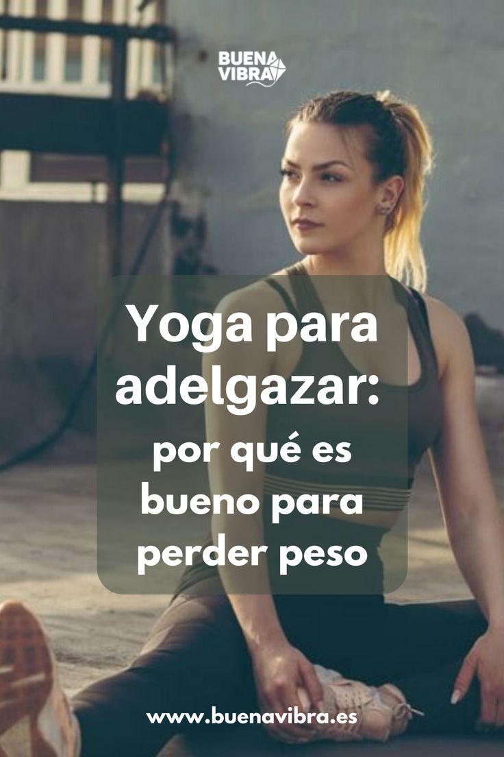 Todos asociamos la práctica de esta disciplina milenaria con la relajación y la flexibilidad. Te contamos porqué también ayuda a tener un peso saludable. Gym, Workout, Selfies, Health, Goals, Anime, Yoga For Weight Loss, Fitness Tips, Health Tips