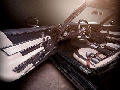 1976 Chevrolet Corvette Stingray C3 // Vilner – Your style inside // Custom styling and designs for car interiors & exteriors