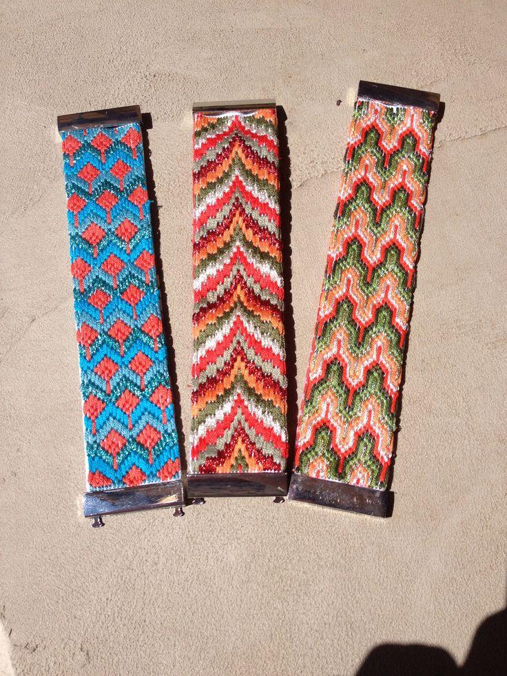 Manchettes brodées à la main E.Made : HandMade By Elise www.emade.bigcartel.com