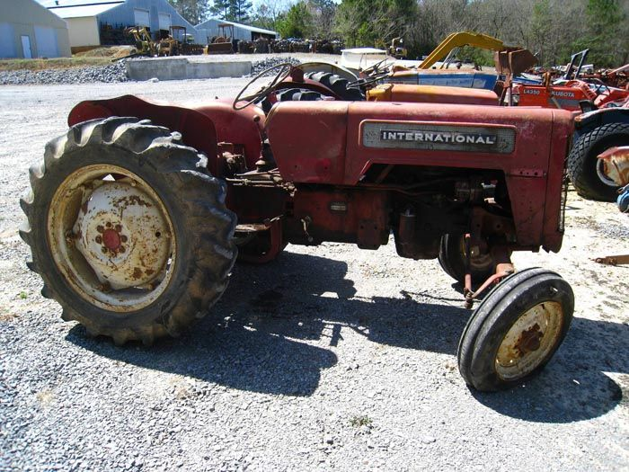 This tractor has been dismantled for International B-414 tractor parts.  #International #IH #tractor #parts