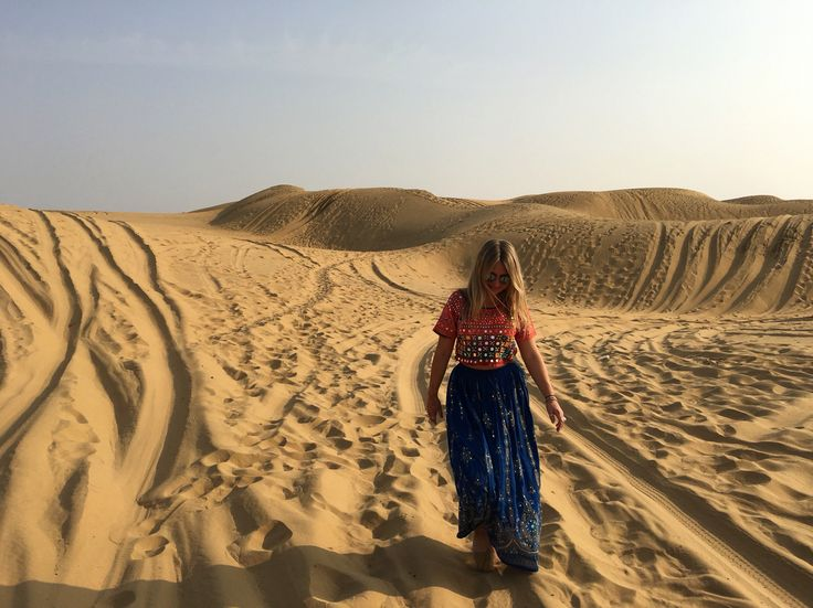 Wandering within the dunes of the Thar Desert 💕 Fleetwood Collection