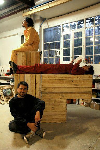 FLEXIBLE FURNITURE: The Carpenters project by @norma_Da_ @burninJak @tutuytu research, prototype & workshop at Basurama's space