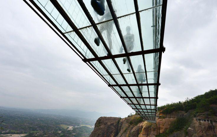 china glass suspension bridge brave men's bridge haohan qiao shiniuzhai park designboom