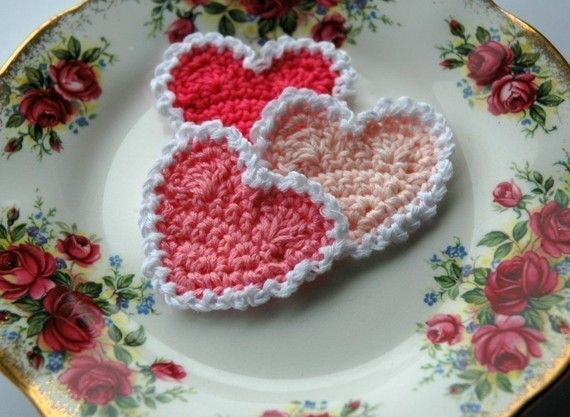 Pink and White Crochet Hearts by AnnieDesign on Etsy, $4.00