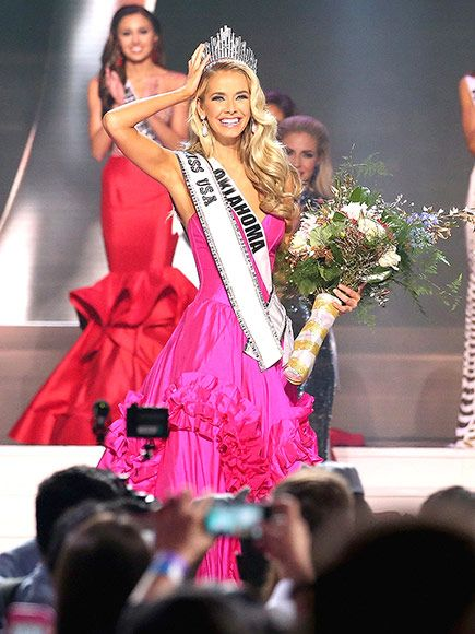 Miss Oklahoma Is Crowned Miss USA 2015 http://www.people.com/article/miss-usa-winner-2015