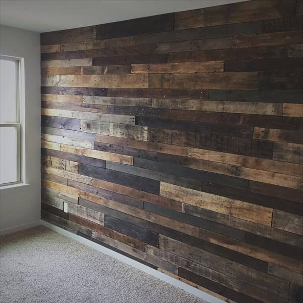 DIY Rustic Pallet Wood Wall