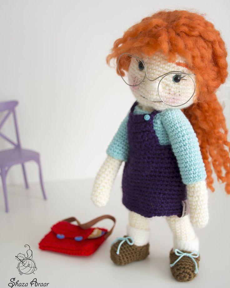 """65 Likes, 5 Comments - Shaza crochet (@shaza_ar) on Instagram: """"çalışkan öğrenci 😃 #elyapımı #elyapımıoyuncak #oyuncak #elişi #orguoyuncak #amigurimi…"""""""