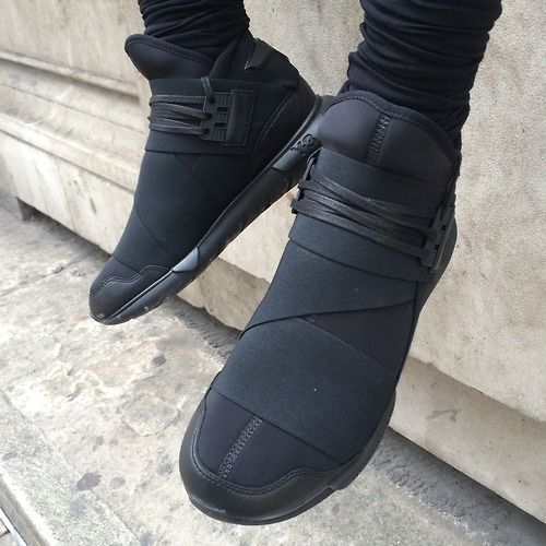 Y-3 // kind of cool and futuristic