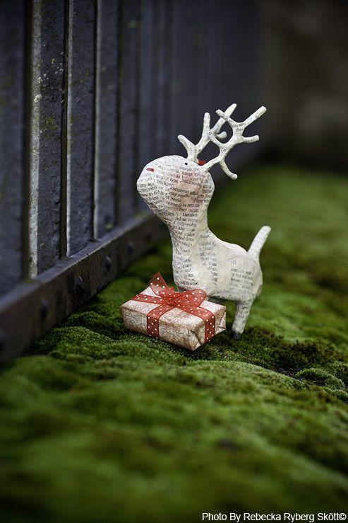 Julie ArkellPaper Mache Christmas, Artsy Lamps, Tiny Animal, Dear Reindeer, July Arkell, Paper Reindeer, Christmas Paper, Christmas Ideas, Papermache Reindeer