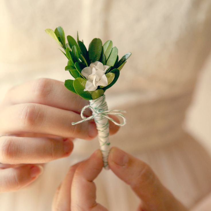 natural boutonniere, wedding keepsake, buttonhole - GARDEN GREEN. $15.00, via Etsy.