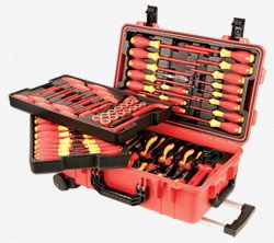 Wiha Insulated Rolling Tool Case  - this is a special offer return open box set!  So get it for less!