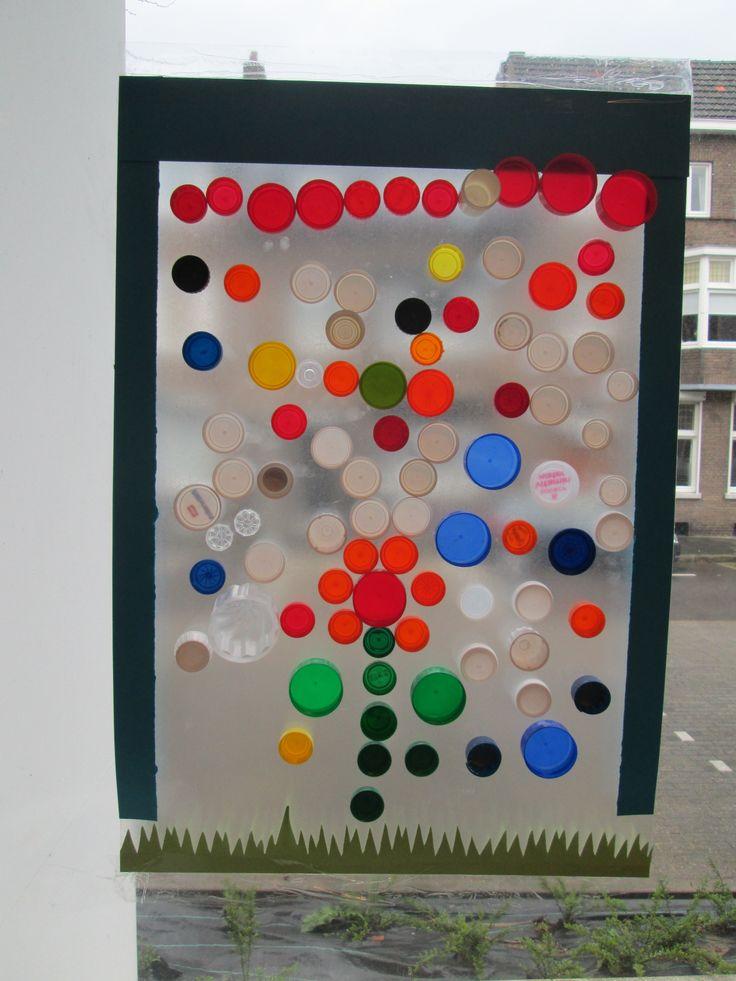 25 beste idee n over plastic doppen op pinterest dop for Plakplastic raam