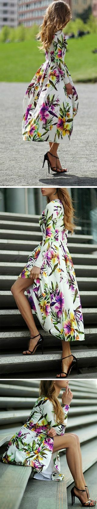 We're setting you up with the drool-worthy maxi dresses.This Chic Floral Pattern Pleated Dress is absolutely the season's must-have item! More surprise at OASAP!