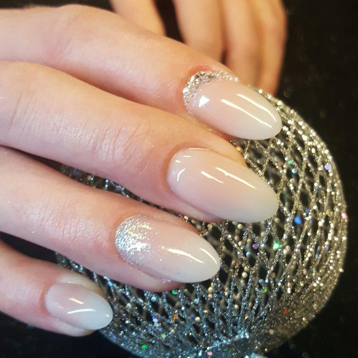Babyboom nagels, bruidsnagels, weddingnails, ombre by Hanna's nagelstudio