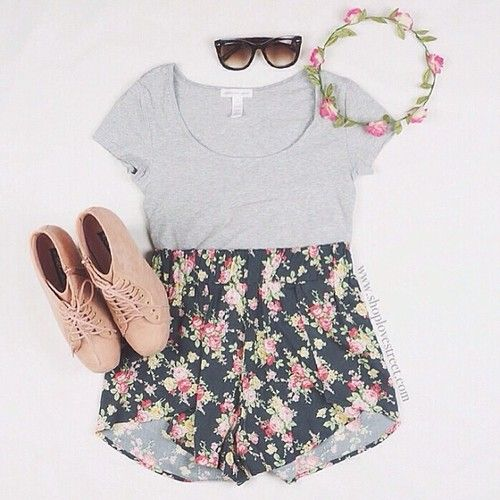 I want to get skinny by 2015 and that way I can wear cute outfits like this by that summer