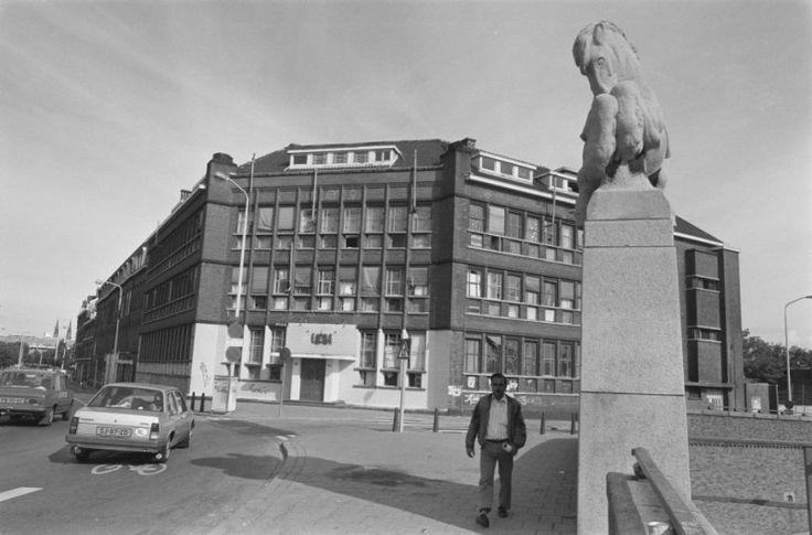Exterieur kraakpand De Blauwe Aanslag in Den Haag (1987) | Den Haag