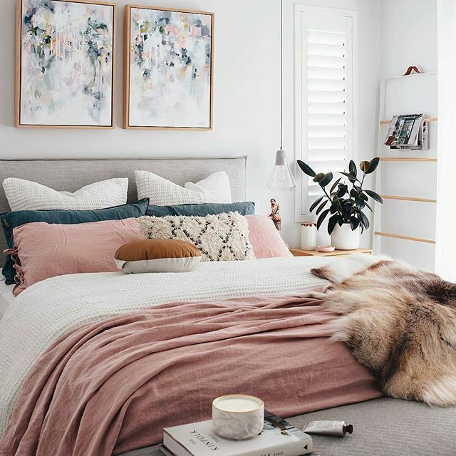 @oh.eight.oh.nine Bedroom Style With Original Kate Fisher Artworks