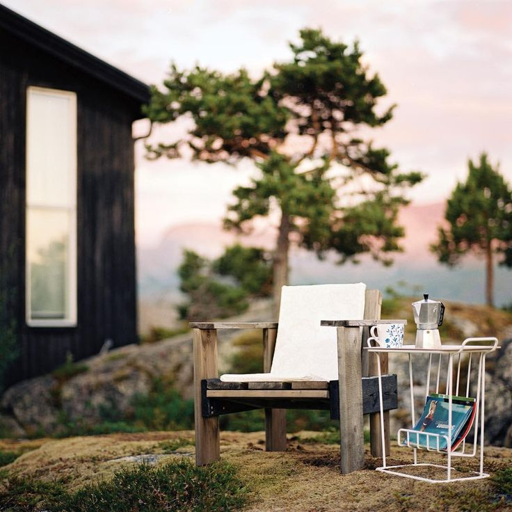 Vacation time! Our side table Minnie Mae Paper is the perfect side table where ever you decide to go this summer! mazeinterior#mazeinterior #inredning #slowproduction #interior #interiør #interiör #interior4all #scandinavian #scandinavianhomes #scandinaviandesign #scandinavianinterior #swedishdesign #swedishdesign #storage #storagesolutions
