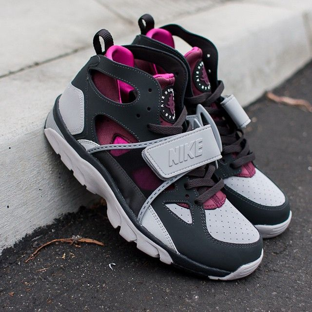 best website c8a97 a89c5 netherlands nike air trainer huarache 1992 for sale 6a7a7 6a455