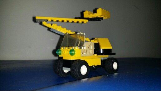 Lifting car. #lego #lego15min