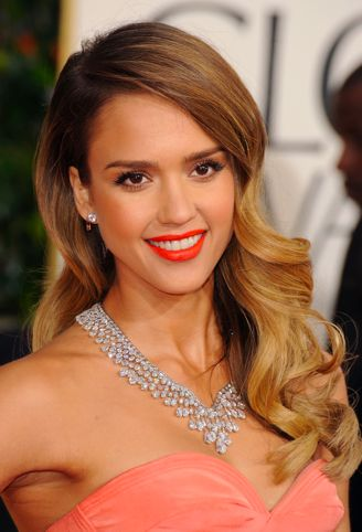 Jessica Alba: Subtle Ombre with Hollywood Waves