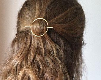 Minimalist gold hair accessories - brass hair clip - round barrette - hair pin - gold hair slide - geometric hair clip