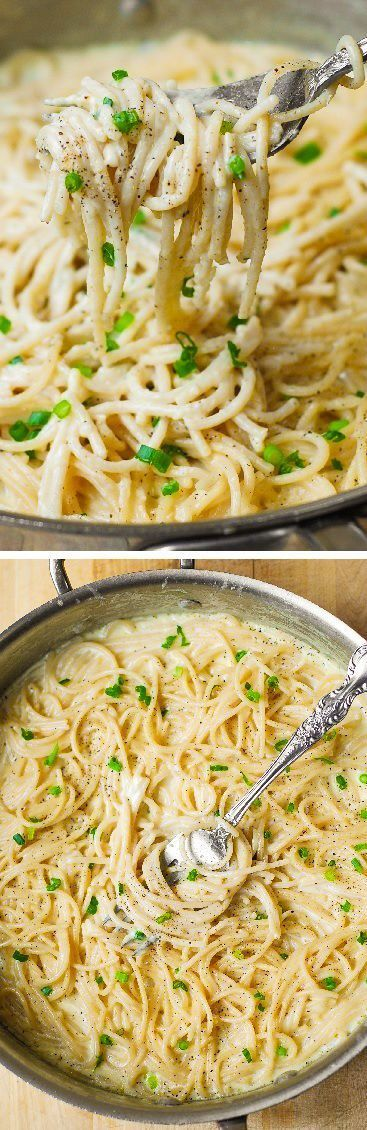 Homemade Creamy Four Cheese Garlic Spaghetti Sauce is the best white cheese Italian pasta sauce youll ever try! Super easy weeknight dinner recipe!