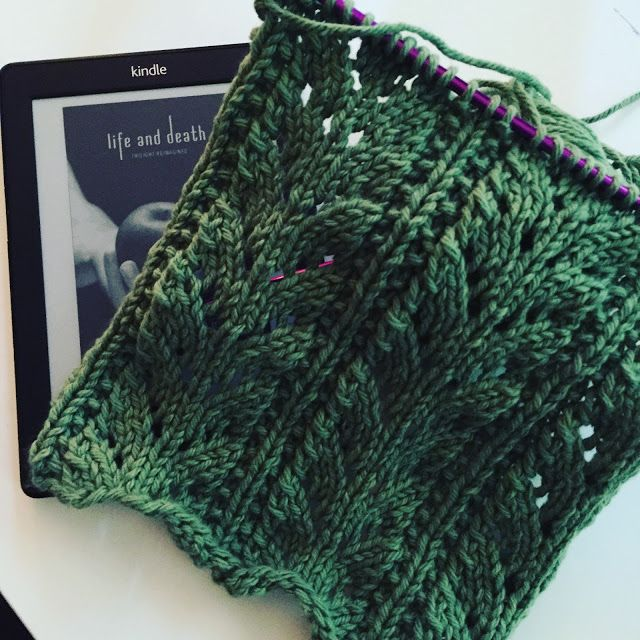 Townsend House: 31 Days - knitting and reading