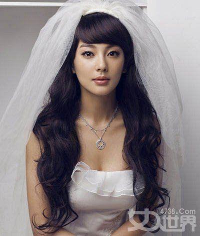 Best 25+ Wavy bridal hair ideas on Pinterest | Wavy ...