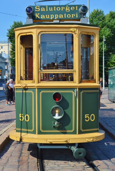 Lovely old street car in Helsinki, Finland, via The Copenhagen Tales