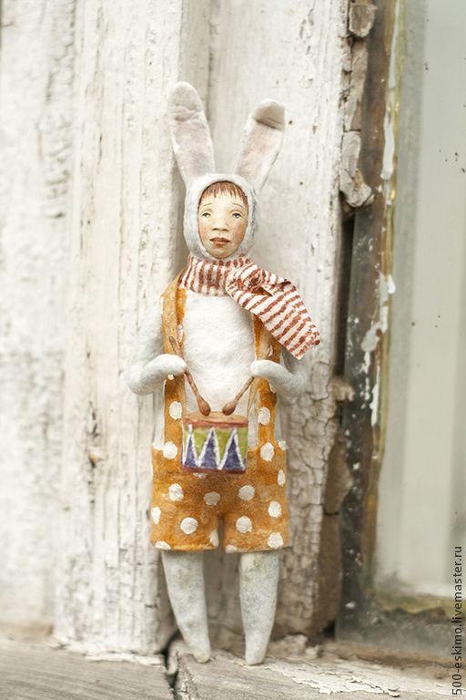 Ватная игрушка на ёлку Заяц с барабаном - 500 эскимо - Ярмарка Мастеров