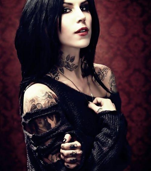 Goth jumper & beautiful tattoos kat von d
