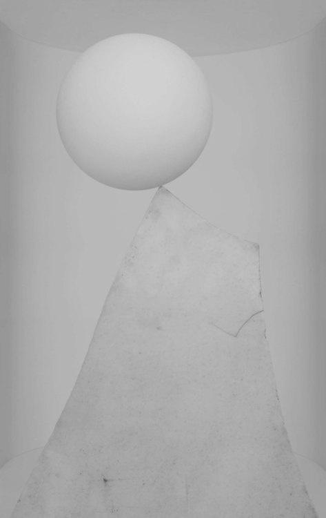 Liu Yue, Echo 11 (2011), 218x150cm, Inkjet print on Photo Paper: Photos Paper, Liu Yue, Echo 11, Secunda, Pale, 11 2011