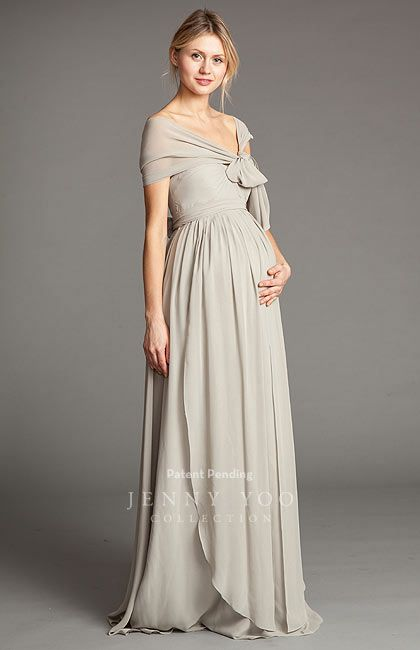 Unique & Beautiful Maternity Bridesmaids Gowns. #bridesmaids #maternitygowns
