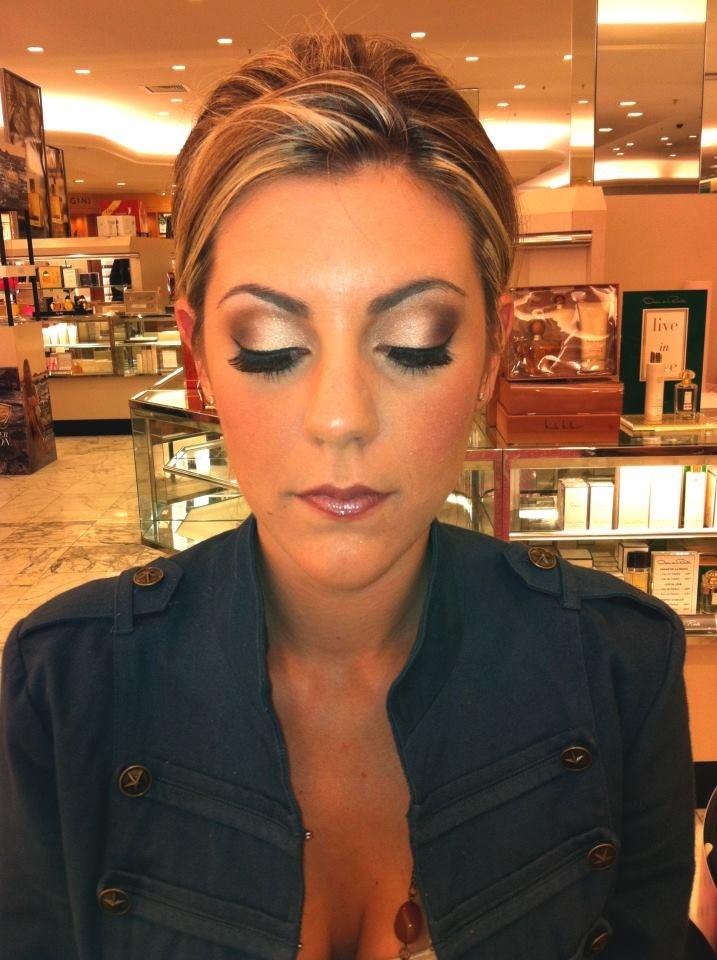 "Bridal trial:)  ""like"" my page please! xoxo  www.facebook.com/...Pretty Eye, Hair Colors, Bridal Eyeshadows, Mac Bridal Makeup, Eye Makeup, Mac Makeup, Eye Colors, Flawless Makeup, Mac Bronze Eyeshadows"