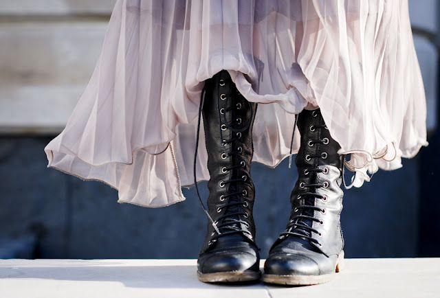Flowy skirt paired with combat boots. Perfect! I used to do this many years ago, I loved it !!!!!!!!