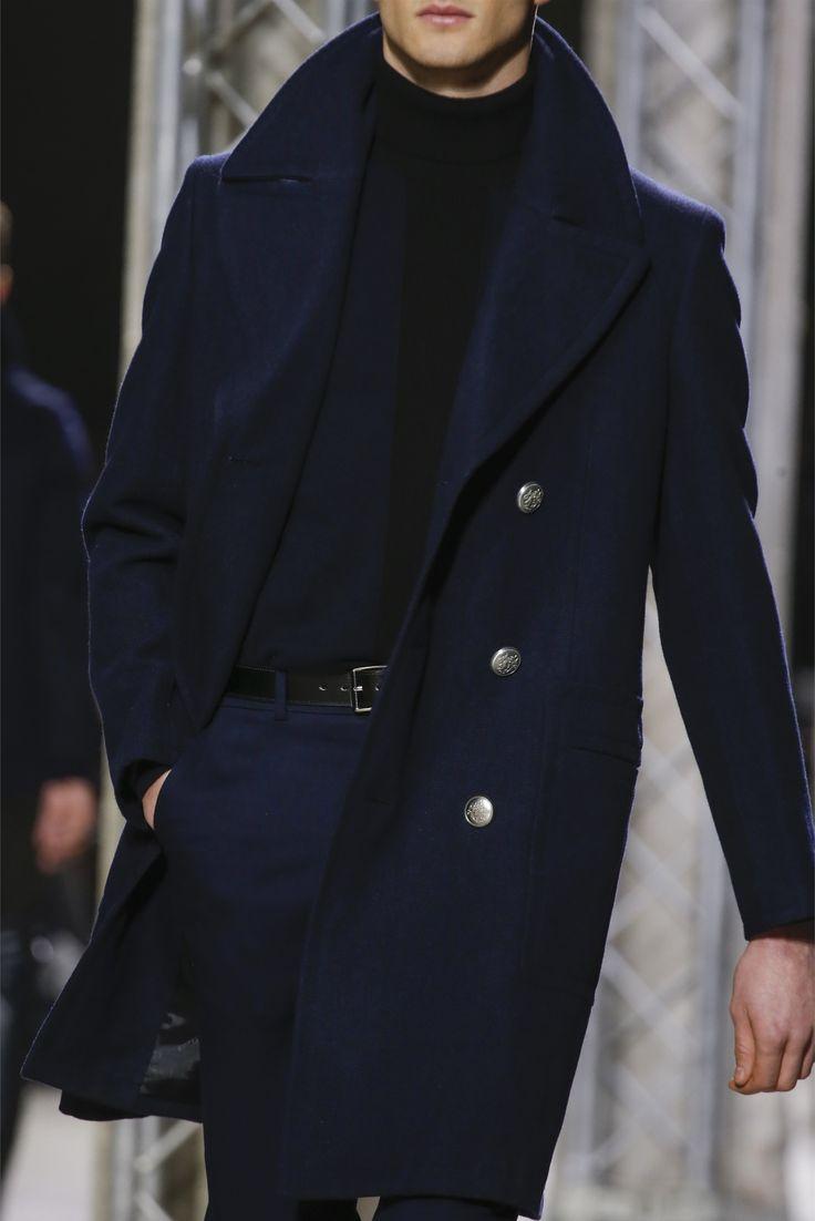 Such a rich blue. Hermès - Men Fashion Fall Winter 2013-14.  http://www.womenswatchhouse.com/