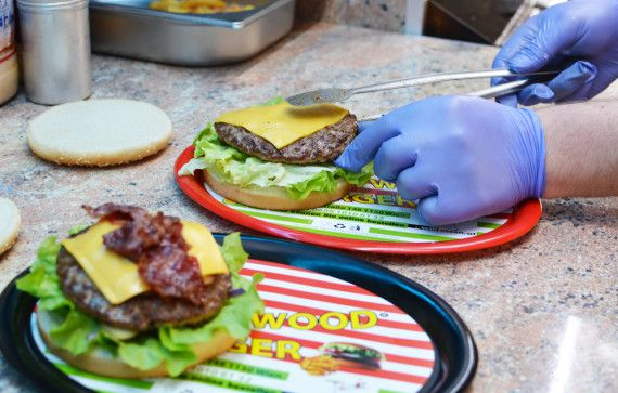 Amerikanische Restaurants Hannover Burger Restaurant Des Monats: Xl Hollywood Burger - Mjam Blog ...