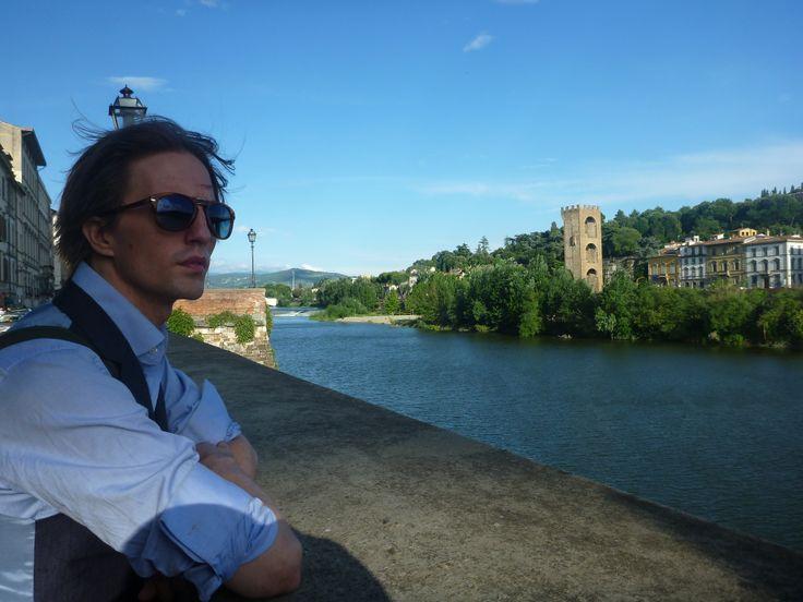 By Arno river during Pitti Uomo 86