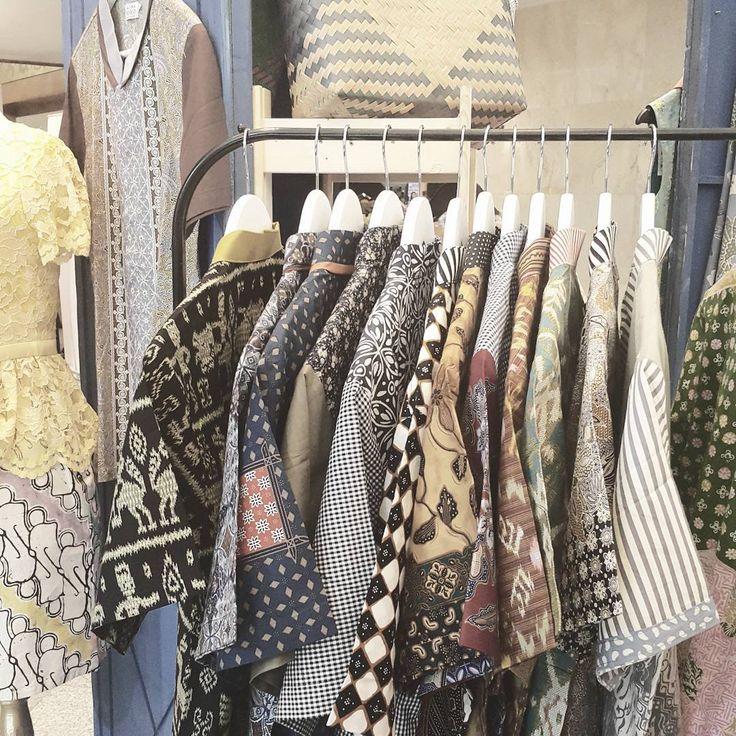 Oh! we are happy to announce, our Gents Collection is here at #indonesiafashionweek2016  See you guys !  #batik #batikindonesia #batikkombinasi #batikmodern #hembatik #shirt #manshirt #batikshirt #readytowear #localbrandindonesia #batiknonik #nonandnik