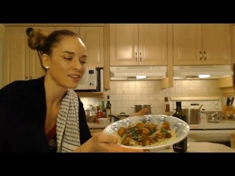 How to Cook Spaghetti Primavera with Sausage: Cooking with Kimberly