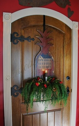 Best Colonial Christmas Images On Pinterest Primitive - Colonial christmas decorating ideas