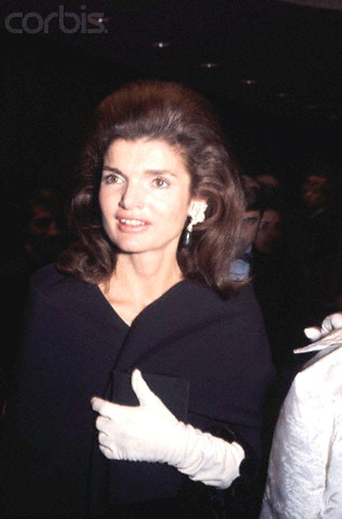 Portrait of Jacqueline Kennedy Onassis Jacqueline Kennedy Onassis, former wife of late U.S. President John F. Kennedy. .✿❤✿❤✿❤✿❤❋   http://en.wikipedia.org/wiki/Jacqueline_Kennedy_Onassis