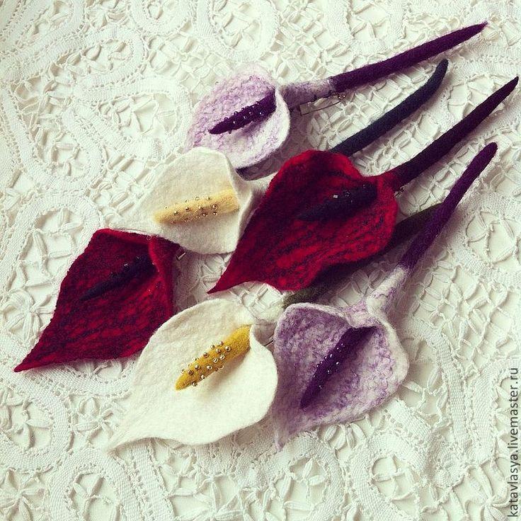 """Купить Броши """"Каллы"""" - бордовый, броши из войлока, украшения из войлока, цветы из шерсти, екатерина власова"""