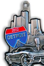 OCT: Detroit half marathon - run in both the US and Canada! And what a medal! :D