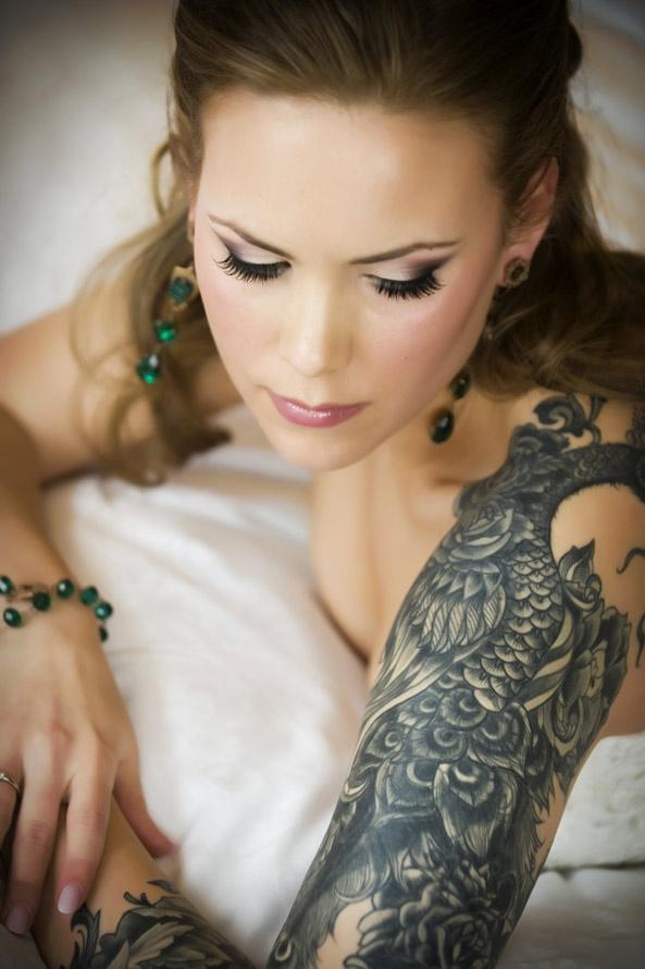 love black n white sleeves