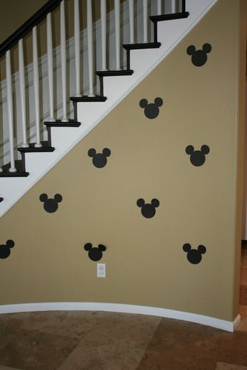 doesn't have to be mickey mouse, any theme it would be so cute!
