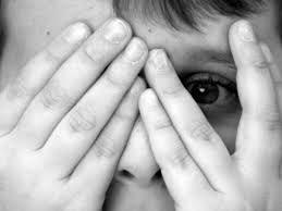 Gran parte de las personas que afrontan sucesos negativos estresantes y catástrofes colectivas, pasan por diferentes etapas se shock - alteración - duelo - recuperación. Inmediatamente después del ...