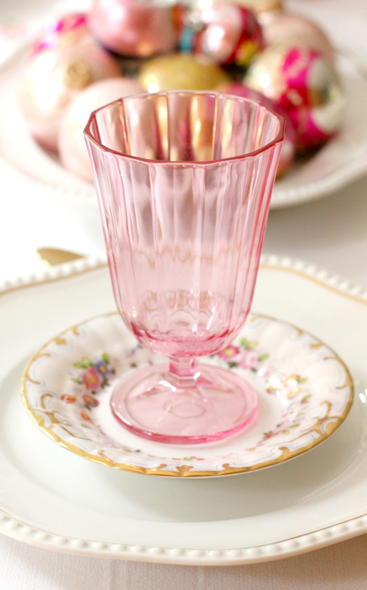 It's all in the details. Love this pink glass to top off a fancy dinner set.